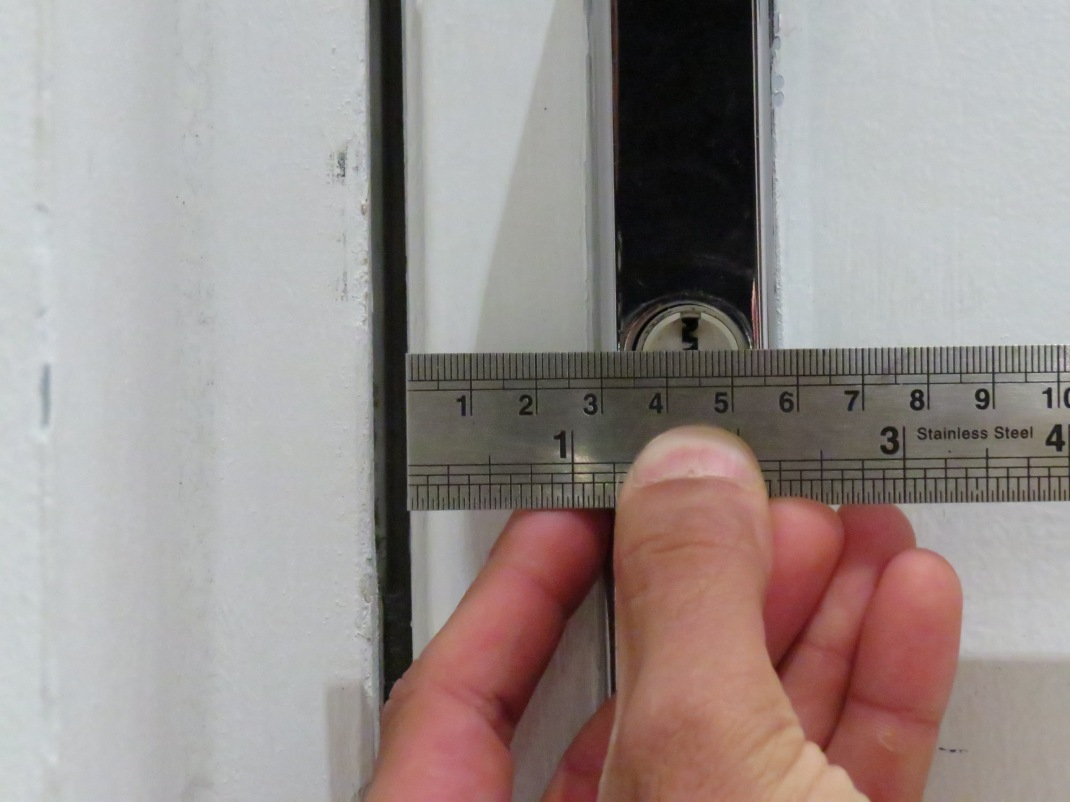 measuring a lock backset